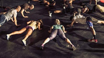 group-fitness-crossfit